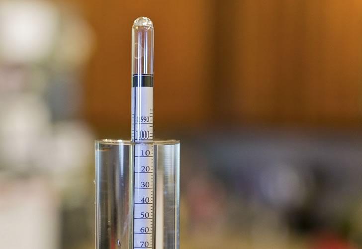 Прибор для измерения крепости алкоголя