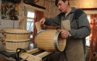 Как подготовит дубовую бочку для самогона