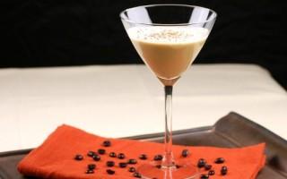 Коктейль кофе Амаретто: секреты приготовления напитка и правила подачи ароматного алкоголя